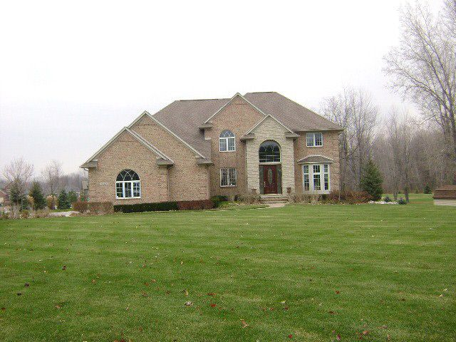 Chesterfield Michigan Property Search