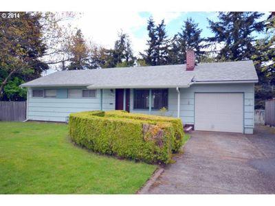 12431 Ne Holladay Pl, Portland, OR