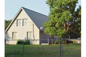 1735 Snug Harbor Rd, Summerton, SC 29148