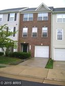 45554 Lakemont Sq, Sterling, VA 20165