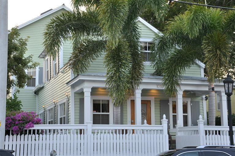 Fabulous 1016 Duval St Key West Fl 33040 Interior Design Ideas Oxytryabchikinfo