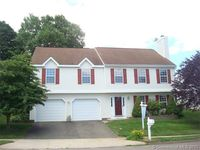 15 Mulberry Ln, Middletown, CT 06457