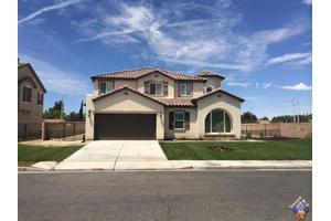 4041 Lariat Dr, Palmdale, CA 93552