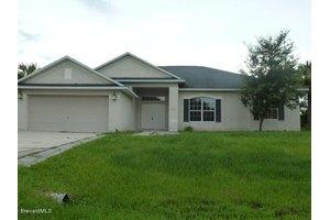 3286 Framingham Ave SW, Palm Bay, FL 32908