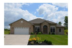 6322 Mulberry Bend Dr, Medina, OH 44256