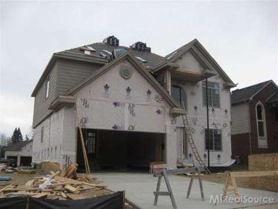 4068 Hawks Nest Rd, Shelby Township, MI