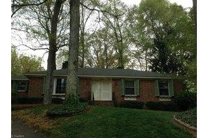 1503 Lafayette Ct, Greensboro, NC 27408