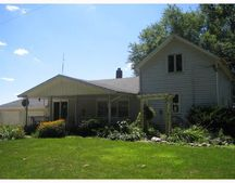 68751 Kenilworth Rd, Lakeville, IN 46536
