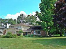 25426 Maidstone Ln, Beachwood, OH 44122