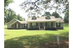 150 Holly St, Winfield, AL 35594