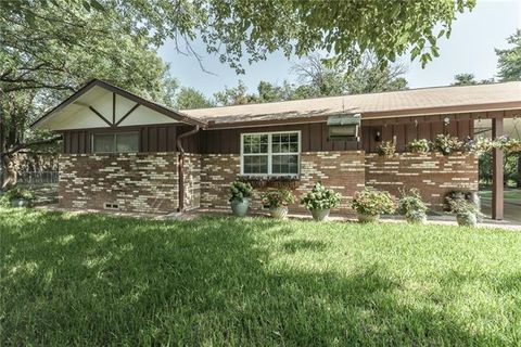 109 Alice St, Little Elm, TX 75068