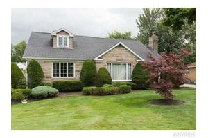 84 Coniston Rd, Amherst, NY 14226