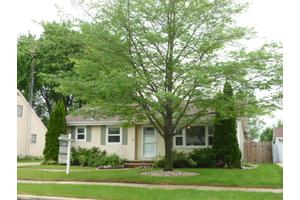 1545 Collins St, City of Neenah, WI 54956