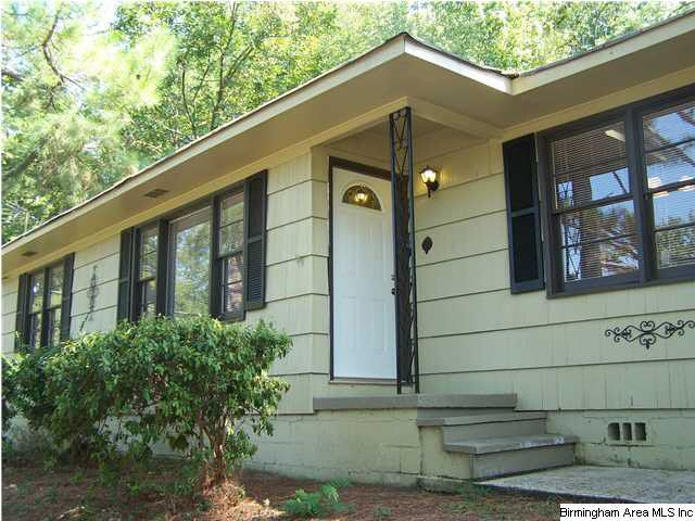 2237 2nd Ter Nw, Center Point, AL 35215