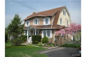 4723 Main St, Whitehall Twp, PA 18052