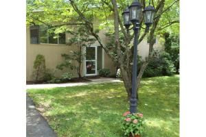 31 Minot Rd, Concord, MA 01742