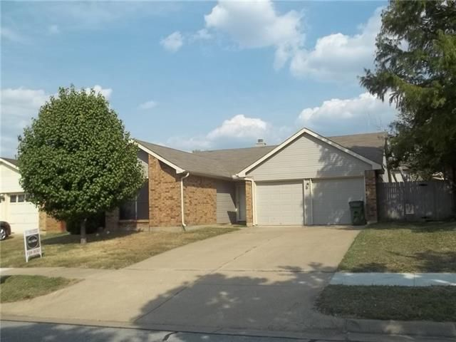 Home For Rent 5933 Inks Lake Dr Arlington Tx 76018
