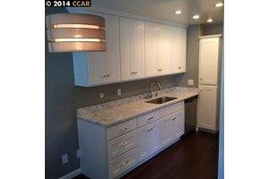 2734 Oak Rd Apt 84, Walnut Creek, CA 94597
