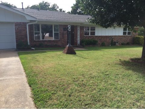 Photo of 1811 Cardinal St, McAlester, OK 74501