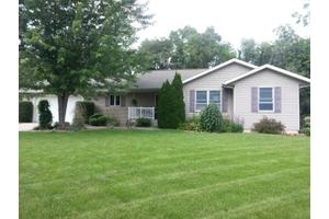 30939 Byrkit Dr, Osceola, IN 46561