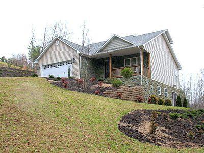 400 River Oak Dr, Danville, VA