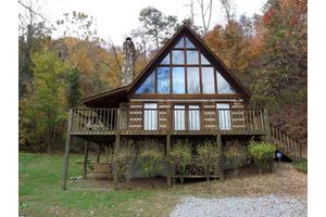 2602 Black Bear Ln, Sevierville, TN 37876