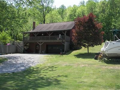 Photo of 10005 Old River Rd, Blue Rock, OH 43720