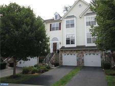 126 Fringetree Dr, West Chester, PA 19380