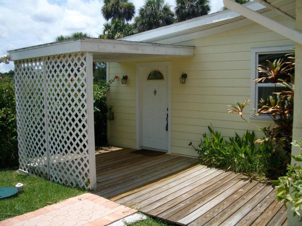 1369 Richmond Dr Melbourne, FL 32935
