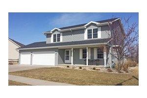 1204 Fairfax St, Oshkosh, WI 54904