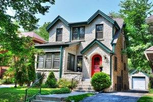 1824 E Menlo Blvd, Village of Shorewood, WI 53211