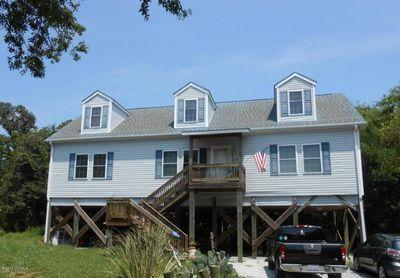 312 Cedar St, Emerald Isle, NC 28594