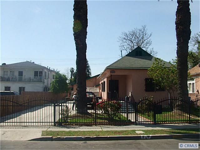 1004 e 47th st los angeles ca 90011