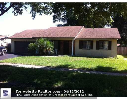 5008 SW 104th Ave, Cooper City, FL