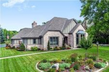4422 W River Willows Ct, Mequon, WI 53092