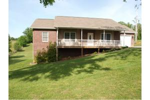 150 Twin Oaks Dr, Jonesborough, TN 37659