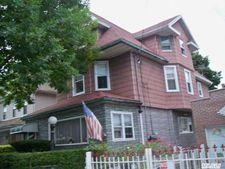 10454 88th Ave, Richmond Hill, NY 11418