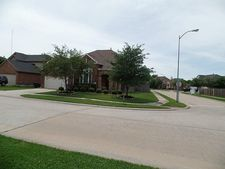7923 Redland Woods Dr, Houston, TX 77040