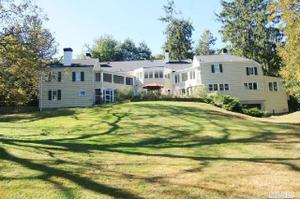 198 Cove Rd, Oyster Bay Cove, NY 11771