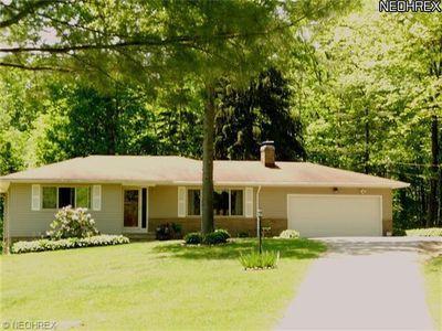 3660 Whitethorn Cir, Richfield, OH
