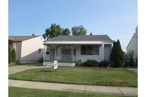 444 W Hudson Ave, Madison Heights, MI 48071