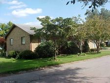 4 Maple St, Buckhannon, WV 26201
