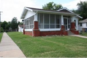 329 E 14th Ave, Hutchinson, KS 67501