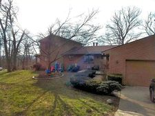 10775 Wyscarver Rd, Evendale, OH 45241