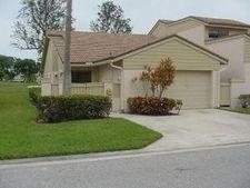 511 Prestwick Cir W, Palm Beach Gardens, FL 33418