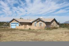 7 Church Rd, Edgewood, NM 87015