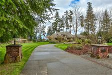 963 Kamus Way, Fox Island, WA 98333