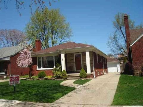 1794 Bournemouth Rd Grosse Pointe Woods Mi 48236 Realtor Com