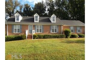 108 Overlook Dr, Mcdonough, GA 30252