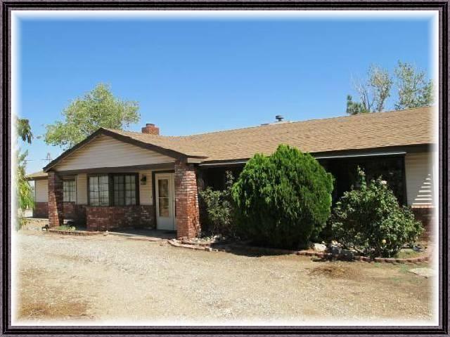 9575 Buttemere Rd, Phelan, CA 92371
